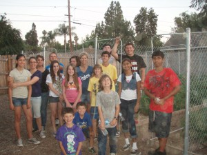 Redlands church group helps Helping Hands
